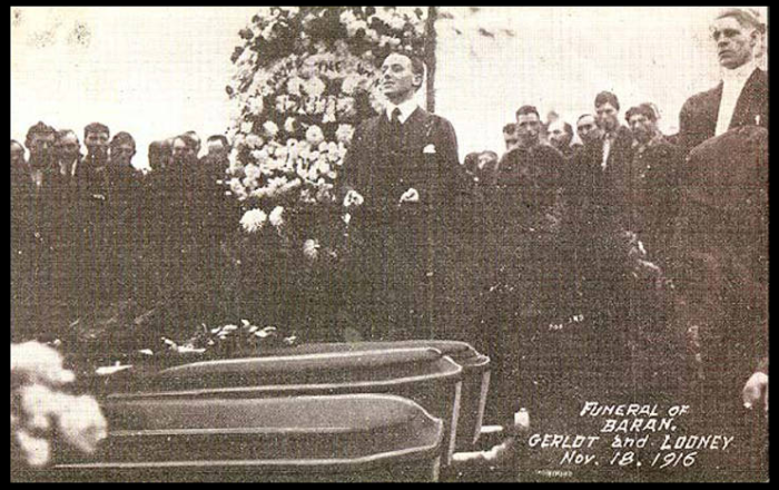 Everett Massacre, Funeral Baran Gerlot Looney, Nov 18, 1916, UW